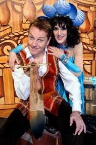 Lesley Joseph & Brian Conley in Robinson Crusoe