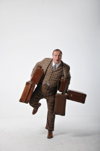 Gavin Spokes as Francis Henshall